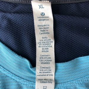 Lululemon Men's Blue Short Sleeve Shirt, X-Large